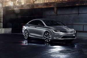 2015 Chrysler 200 02